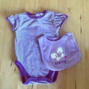 Pretty in Purple 💜 shirt and bib  6-9 mos